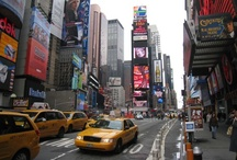 NeW yOrK / I love the city life, the busyness, the lights, the noise, and the smells!