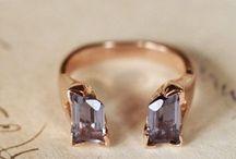 Jewelry / by Caroline Hultz