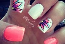 Nails <3  / by Vanessa Deibert