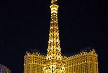 Las Vegas Attractions / Things to see & do in Las Vegas, Nevada / by Bernadette Pinkard