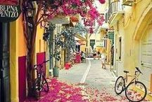 Beautiful Places & Spaces / Our collection of dreamy places and decoration ideas
