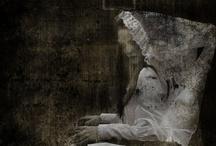 Gostly & Creepy / by Primitive Hare Isobel-Argante
