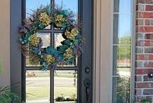 Renovaciones de Casa de York / It's all about making a house a home! / by Rhiannon York