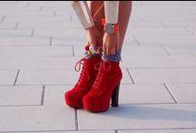 C H A U S S U R E S / shoes / by Abby Platt