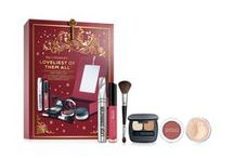 Gifts for Her / Special occasion coming up? Find the perfect beauty gift for the ladies in your life here