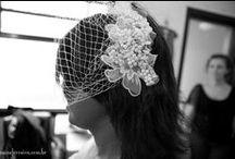 Alessandra's wedding dress fitting / JULIE LONDON dress + EMBROIDED COMB + VOILLET  and silk flowers A MODISTA / Photos Nane Ferreira http://naneferreira.com.br/ensaios/a-prova-do-vestido