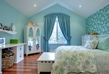 Funky Kids' Rooms / With bold colours and fun patterns, your kids will love these bedroom designs.