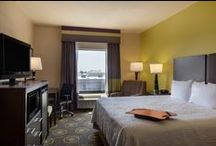 Hampton Inn St. Robert/Fort Leonard Wood / This St. Robert/Fort Wood hotel is within walking distance of a variety of restaurants and shopping. Explore your adventurous side and indulge in caving, canoeing, fishing and hiking.