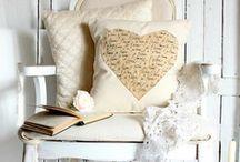 Pillow Love / by Myra
