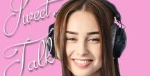 Sweet Talk - A Valentine Matchmaker Novella / When Piper Delaney and Emory Barrett, who have sworn off dating and romance after painful breakups, find themselves hosting a romantic radio program that has been making matches between people for decades, they'll have to decide whether to take a chance on romance again. How can they resist when they're surrounded by love songs? (Part of the Valentine Matchmakers collection) http://amzn.to/2kY2Urh