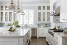 La Kitchen / Had so many ideas about kitchens - so here they are / by Samonia Byford