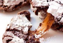 Edible ~ Cookies / by Hailey Jean Flee