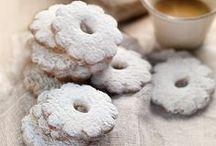 Cookies, Biscuits, Crackers
