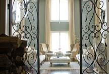 Interiors / by Gloria Vignolo