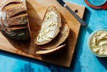 Cooking Tips & Tricks / Whether you're new to cooking or a seasoned chef, we could all use a tip or two once in a while. Learn some of the Epicurious staff's best-kept cooking tips and tricks.