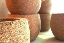 Made of cork / Diseño y producción de piezas y desarrollos a partir de la exploración del corcho. We design and produce pieces and developments inspired in cork exploration.