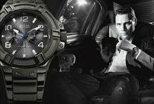 Guess Watches / Alle Guess horloges hebben een eigen uitstraling, maar dit zonder de looks and feelings van het zo succesvolle Guess imperium te verliezen. De Guess dameshorloges zijn ongekend trendy en door het gebruik van zirkonia hebben veel horloges een chique uitstraling. De Guess herenhorloges bieden daarentegen juist een sportief chique uitstraling.