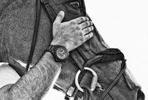 GC Watches / In 1997 was het zover, GC Watches was een feit! De GC collectie is onderdeel en tevens een luxe uitvoering van het merk Guess, ontworpen door Paul Marciano. De horloges reflecteren het persoonlijke karakter en de levensstijl van Marciano. Zijn persoonlijke geluk en luxe komt van het elke dag kunnen doen waar hij van houdt, namelijk het kunnen creëren van nieuwe dingen.