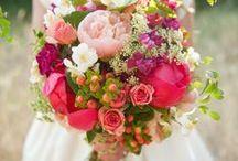 Flowers / by Wedding Friends