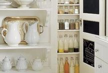 Cottage Kitchen Ideas / Ideas for creating a cottage-style kitchen.