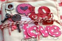 Lace and fabric journals / Scrapbooks, mini albums and journals covered in lace or fabric or both.