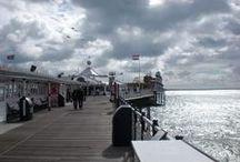 Brighton/ Südengland/ South England / Brighton, Südengland mit seinem Pier und dem königlichen Palast