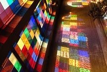 reflection / reflection of light through stained glass