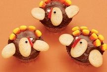 Thanksgiving Ideas / by Stephanie Llanes