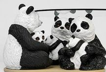Pandamonium / Pandamonium brings together some of the biggest names in the world of British art and design in response to our challenge to reinvent our familiar panda collection boxes.