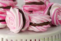 Valentine's Day / Ideas and recipes for home made valentine themed chocolates and other sweet treats