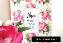 Printables, Freebies & Blogging / Free printable calendars, cards, art prints ... Interesting posts & infographs about blogging ... Free fonts, buttons & more ...