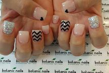 Nails / by Brittany Galvan