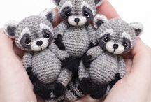 knit: toys