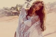Fashion & Style / by Megan Napier
