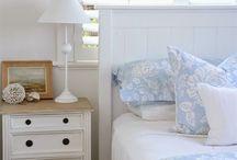 Bedrooms hamptons/coastal style / Hamptons style in the bedroom
