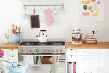 Cute Kitchens / by Katy Nelson
