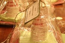 little G I F T S  / Friend and neighbor gift ideas. / by Jennie Esplin {Cinnaberrysuite}