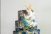 Cakes / by Kayla Nielsen