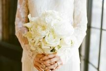 White Wedding Bouquets / white wedding bouquets / by Trendy Bride