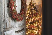 Christmas decor and ideas / by Suzanne Holmes Avilio