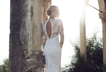 Wedding Dresses & Accessories / Wedding Dresses & Suiting