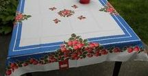 MWT Vintage Tablecloth Gallery / A gallery of vintage tablecloths in mint condition with the original tags.