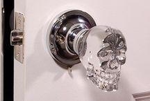 skulls / everywhere... love it!