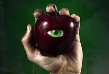 Halloween especial con manzanas / En Halloween temerás las calabazas, pero también las manzanas. Hacemos una selección de las manzanas más siniestras, horribles y espeluznantes de la red