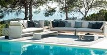 SLIM LINE / The new SLIM LINE collection is striking with its lively interplay of extended surfaces and subtle profiles. SLIM LINE offers lounge and dining modules, which can be rearranged again and again in many different ways to create a relaxed outdoor atmosphere.