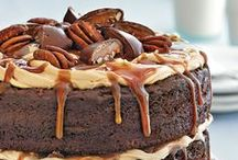 Chocolate Cake Recipe Ideas / Chocolate cake may not fix everything but it's a darn good substitute. The purpose of this board is to share best chocolate cake recipes, simple chocolate cake recipes, homemade chocolate cake recipes. Enjoy!