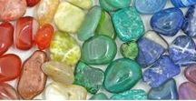 Healing Crystals / a Metaphysical Guide to the Healing Properties of Crystals
