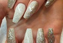 Dress Your Nails / Beautiful nail art that I stumble upon.