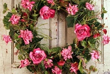 Wreaths For Doors / Pretty Wreaths and interesting wreaths for decorating seasonally and year round.
