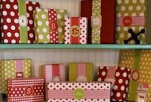 Gift Ideas / by Joelle Owl-Cat